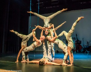 Group-Acro-Pose-